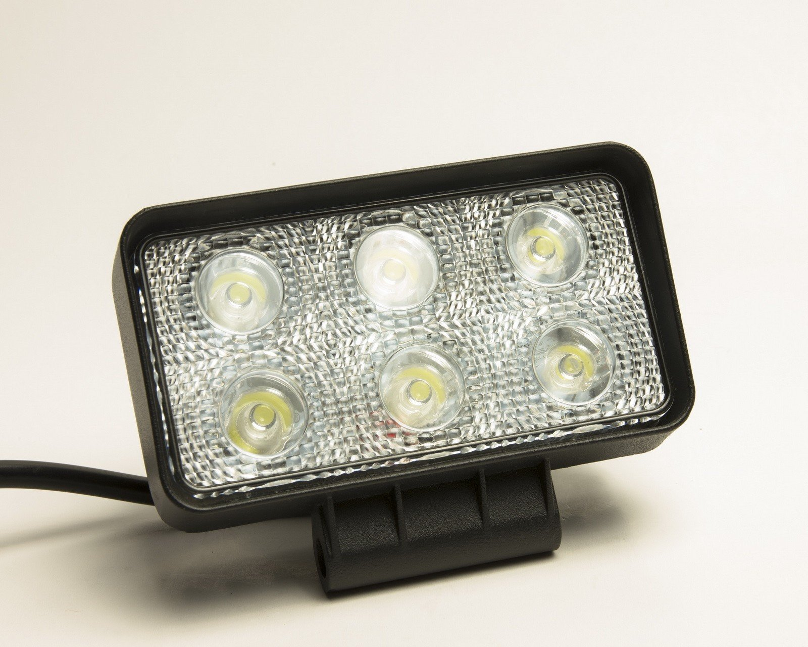 Фара Lumen-18WL2 6*3W Epistar (Flood)